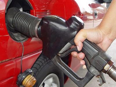 Buông lỏng chất lượng xăng dầu