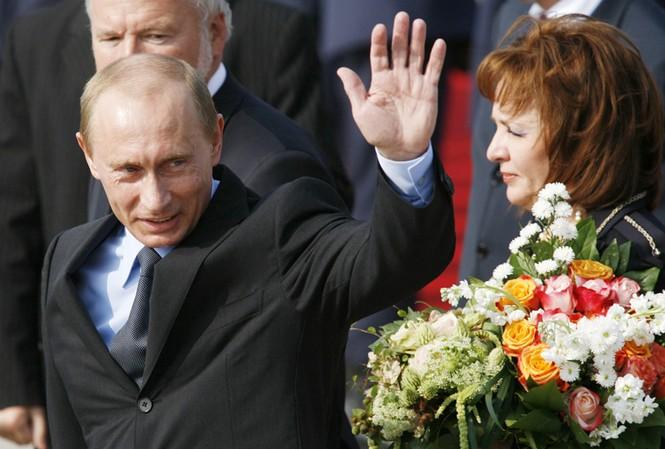 Ông Putin vẫn được ủng hộ cao