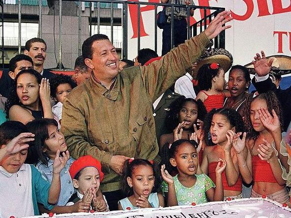 Cuộc đời Tổng thống Venezuela qua ảnh