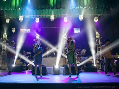 Đêm nhạc Thanh Tùng: Xúc động và thỏa mãn