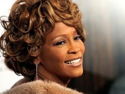 Phát hiện có nước trong phổi Whitney Houston