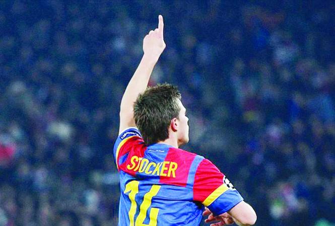 Valentin Stocker ăn mừng bàn thắng Ảnh: Getty Images
