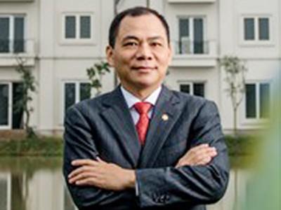 Forbes viết gì về tỷ phú đô la người Việt đầu tiên
