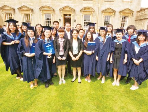 Toàn cảnh sinh viên quốc tế