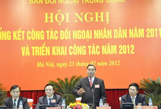 Chủ tịch đoàn, từ phải sang: Bộ trưởng Ngoại giao Phạm Bình Minh; Ủy viên BCT - Thường trực Ban Bí thư Lê Hồng Anh; Trưởng Ban Đối ngoại Trung ương Hoàng Bình Quân; Phó trưởng Ban Đối ngoại Trung ương Trần Đắc Lợi  Ảnh: Đại Phượng