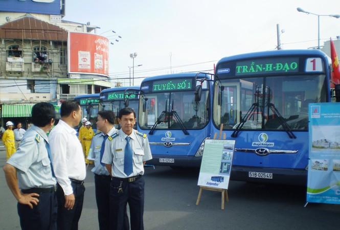 Xe buýt CNG ngày càng thu hút nhà đầu tư và người dân Ảnh: LT