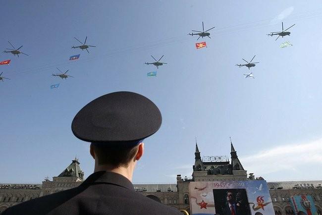 Trực thăng Nga trong lễ duyệt binh Ngày Chiến thắng