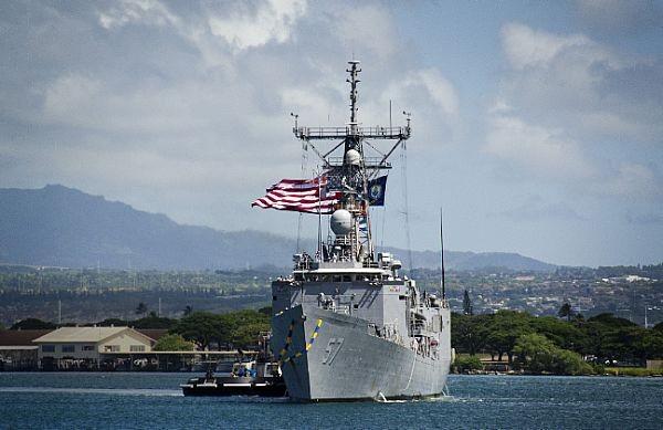 Chiến hạm Mỹ cập cảng Philippines