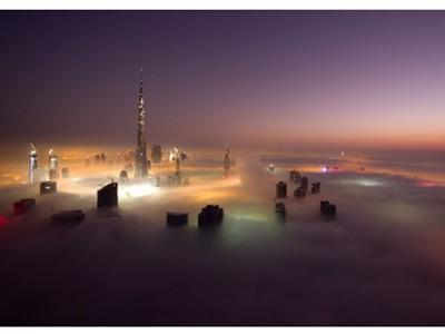 Thành phố Dubai chìm đắm trong sương mù