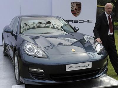 Sẽ có Porsche Panamera hybrid trong năm 2011