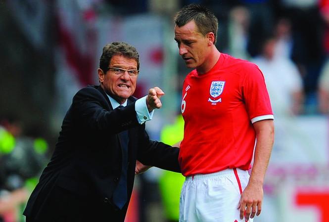 HLV Capello quyết tâm bảo vệ Terry trước thềm Euro 2012  Ảnh: Getty Images