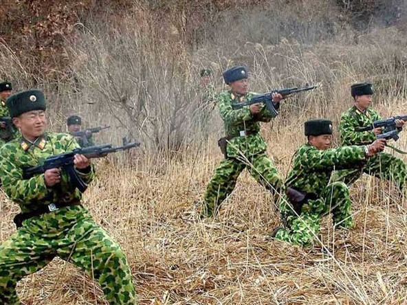 Binh lính Triều Tiên tăng cường diễn tập quân sự