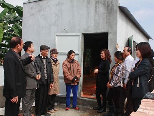 Cho ông Đoàn Văn Vươn được xây nhà, nhưng bắt phá công trình phụ