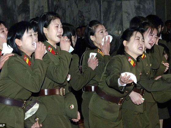 Triều Tiên khóc thương kỷ niệm sinh nhật cố lãnh đạo Kim Jong il