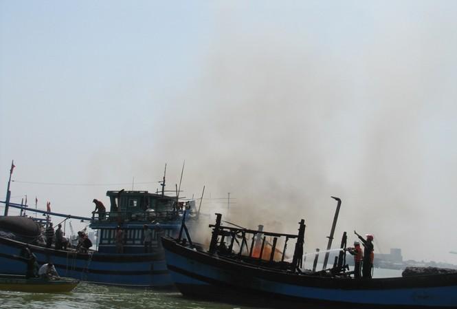 Hiện trường vụ cháy. Ảnh: Nguyễn Huy