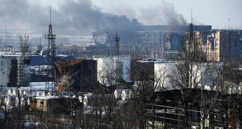 Sân bay Quốc tế Donetsk bị phá hủy sau các cuộc giao tranh. Ảnh: Reuters
