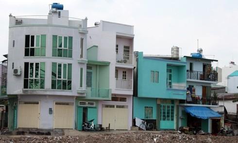 Những căn nhà phố mini, siêu mỏng, siêu nhỏ tại Sài Gòn. Ảnh: Vũ Lê