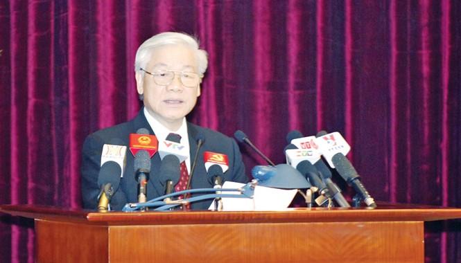Tổng Bí thư Nguyễn Phú Trọng phát biểu khai mạc Hội nghị Trung ương 10 (khóa XI). Ảnh: Đoàn Bắc.