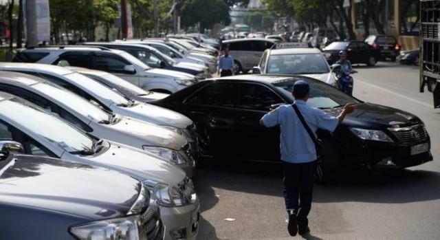 Muốn mua ô tô phải chứng minh có chỗ đỗ xe