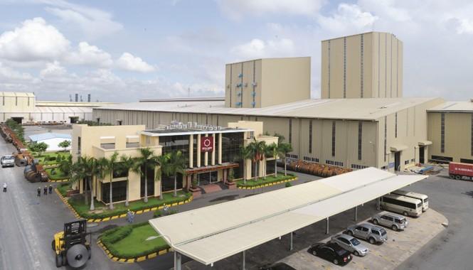 Nhà máy Tôn Hoa Sen Phú Mỹ có công suất 1.200.000 tấn/năm.