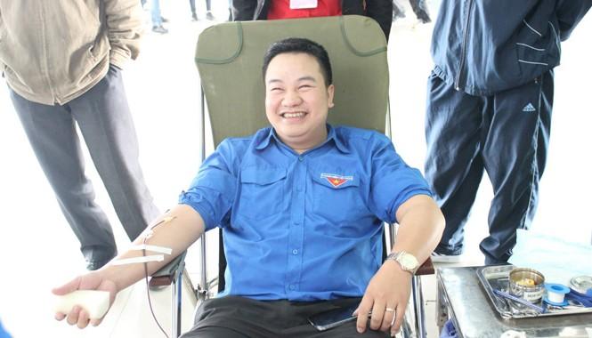 Bùi Quang Hiển luôn vận động và đi đầu trong các phong trào tình nguyện hiến máu.