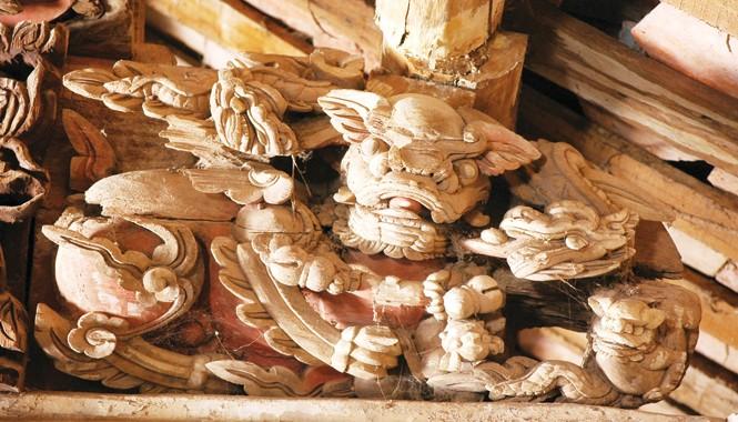 Những mẫu chạm nghê từ thế kỷ 17 này sẽ được tham khảo để sáng tạo mẫu linh vật Việt phù hợp thời đại. Ảnh: APE.GOV.VN