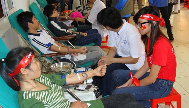 Chủ nhật Đỏ Hải Phòng: Tiếp nhận 1.000 đơn vị máu