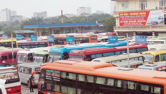 Theo Sở Tài chính Hà Nội, DN vận tải không giảm giá cước sẽ bị nêu tên. Ảnh: Trọng Đảng.