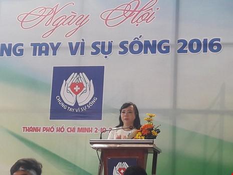 Bộ trưởng Bộ Y tế Nguyễn Thị Kim Tiến phát biểu tại chương trình sáng 2-10. Ảnh: Pháp luật TPHCM