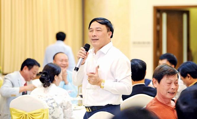 Doanh nhân Nguyễn Văn Ðệ là người năng động, có nhiều đóng góp tích cực cho hoạt động của cộng đồng DN.