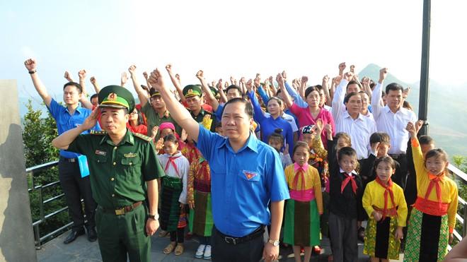 Từ khi ra đời, Hội LHTN Việt Nam đã tập hợp rộng rãi các tầng lớp thanh niên yêu nước, cùng toàn Đảng, toàn quân, toàn dân xây dựng và bảo vệ vững chắc Tổ quốc Việt Nam XHCN. Ảnh: Xuân Tùng.