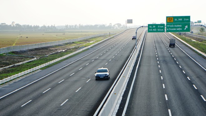 Cao tốc Hà Nội - Hải Phòng được khai thác từ lâu nhưng lưu lượng còn thấp. Ảnh: Sỹ Lực.