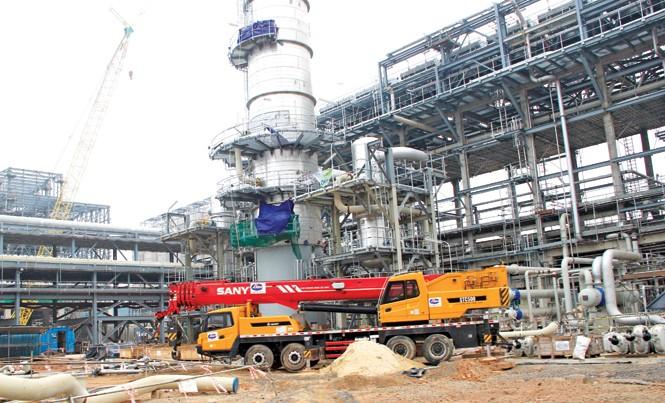 Dự án Nhà máy Lọc hóa dầu Nghi Sơn  Ảnh: Quang Lộc.