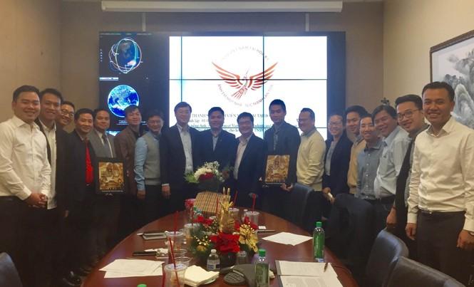 Đoàn công tác cấp cao T.Ư Đoàn do Bí thư thứ nhất T.Ư Đoàn Lê Quốc Phong dẫn đầu làm việc với Hội thanh niên - sinh viên Việt Nam tại bang California, Hội thanh niên - sinh viên Việt Nam tại Hoa Kỳ.
