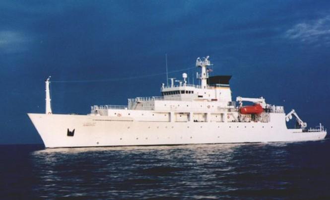 Tàu USNS Bowditch đang ở trong khu vực biển Đông để nghiên cứu khoa học. Ảnh: US Navy.