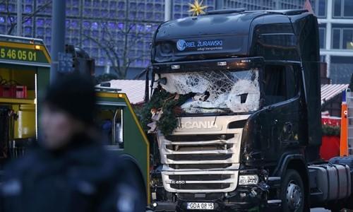 Tin mới vụ tấn công ở Berlin khiến 60 người thương vong