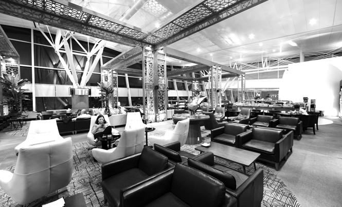 Phòng chờ hạng thương gia là một trong những dịch vụ tiện ích mà Vietnam Airlines mang đến cho hội viên Bông sen vàng.