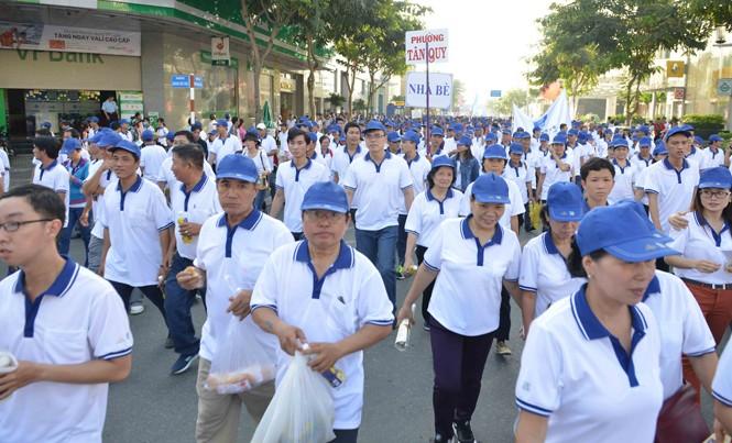 Hơn 15.000 người  tham gia chương trình.