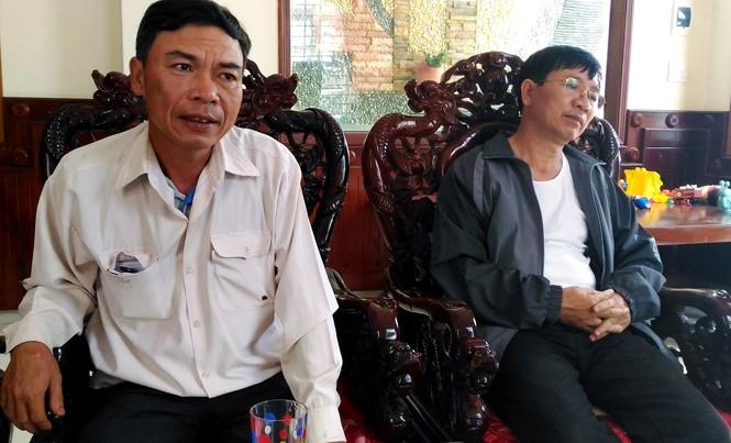 Hai nạn nhân đại diện nhóm 10 hộ dân tại Gia Lai sang Đắk Lắk tố cáo hành vi lừa đảo của ông Y Tuyến.