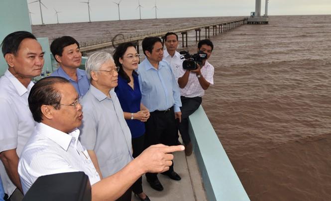 Tổng Bí thư Nguyễn Phú Trọng thăm Nhà máy điện gió Bạc Liêu.