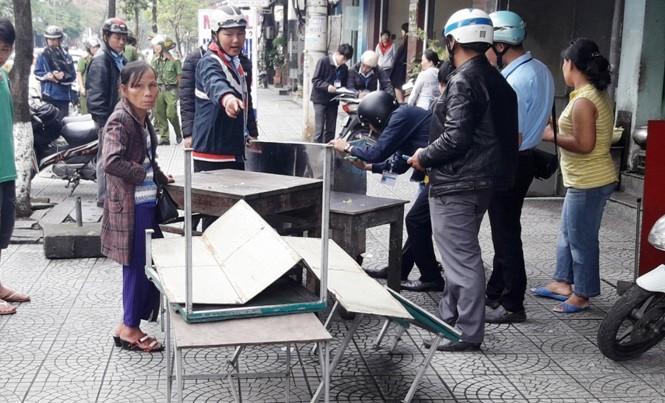 Các phường tại Huế đồng loạt ra quân chấn chỉnh trật tự đô thị.