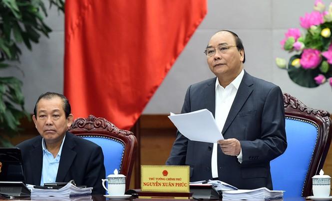 Thủ tướng Nguyễn Xuân Phúc đề nghị các đơn vị có phản ứng chính sách tốt hơn để khắc phục việc tăng trưởng GDP thấp.
