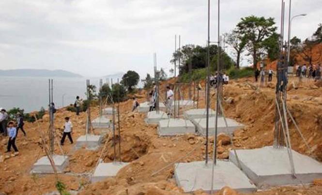 Nền móng 40 biệt thự xây trái phép tại Sơn Trà.