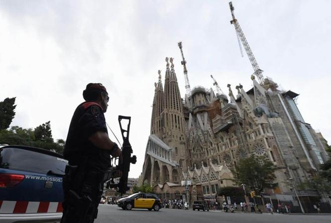 Vì sao khủng bố nhằm vào Catalonia?