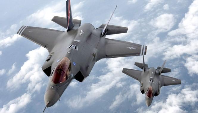 Nhật Bản sẽ mua thêm máy bay chiến đấu tàng hình F-35 của Mỹ. Ảnh: Getty Images