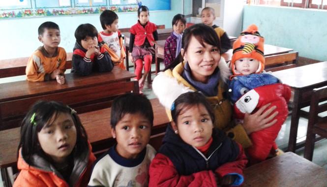 Lớp học của cô Huệ nơi vùng biên giới Tây Trường Sơn. Ảnh: T.N.A