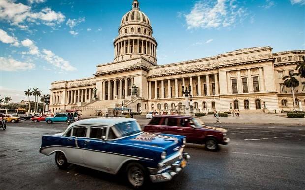 Mỹ nới lỏng cấm vận thương mại, du lịch sang Cuba