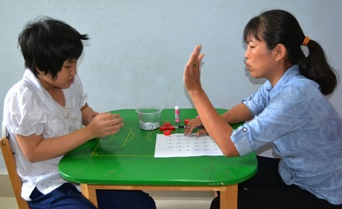 Thêm phụ cấp cho nhà giáo dạy người khuyết tật