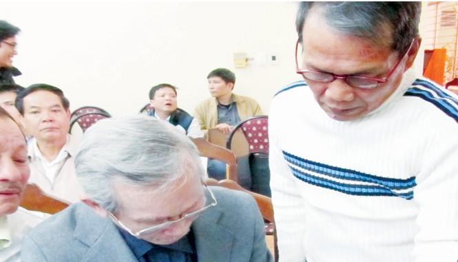 Hai nhân chứng Hoàng Sa gặp lại nhau. Ảnh: Nam Cường