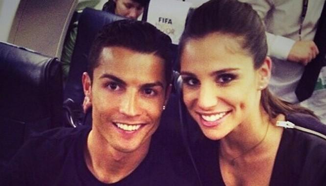 Ronaldo được đồn đoán là đang hẹn hò cùng nữ phóng viên xinh đẹp Lucia Villalon. Ảnh: Daily Mail